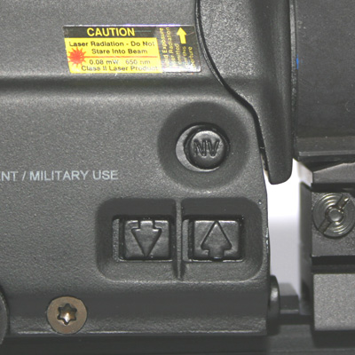 Eotech 557 side NV buttons for close mounting of NV or magnifier